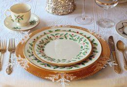 christmas-table-1926936_640